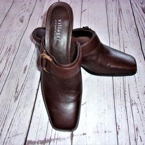 Liz Claiborne 6 Brown Shoe